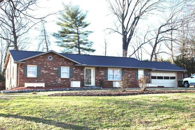 4680 Forest Manor Drive, Winston Salem, NC 27103 (MLS #1009119) :: Team Nicholson