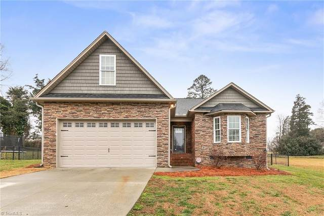 114 Camino Drive, Thomasville, NC 27360 (MLS #1010854) :: Greta Frye & Associates | KW Realty Elite
