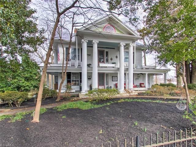 425 E Hendrix Street, Greensboro, NC 27405 (MLS #1012576) :: Lewis & Clark, Realtors®