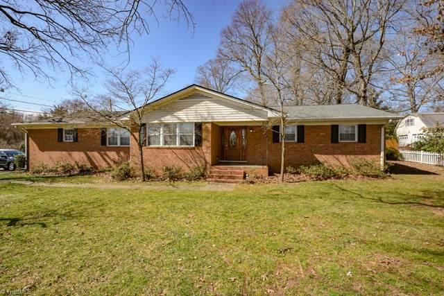 100 Cedarwood Drive, Jamestown, NC 27282 (MLS #1012845) :: Lewis & Clark, Realtors®