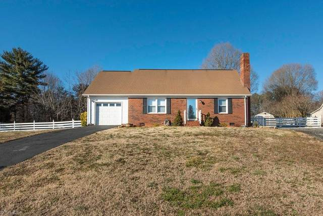 5311 Albany Circle, Tobaccoville, NC 27050 (MLS #1013142) :: Greta Frye & Associates | KW Realty Elite