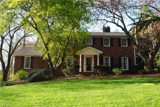 130 Hearthside Hearthside Drive, Winston Salem, NC 27104 (MLS #1019016) :: Lewis & Clark, Realtors®
