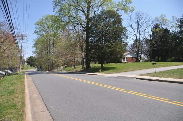 3532 Old Vineyard Road, Winston Salem, NC 27104 (MLS #1019051) :: Berkshire Hathaway HomeServices Carolinas Realty