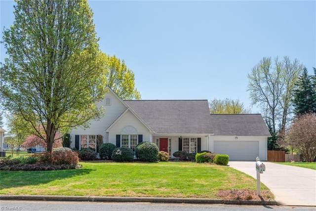 710 Oakwood Forest Lane, Kernersville, NC 27284 (MLS #1019157) :: Greta Frye & Associates | KW Realty Elite