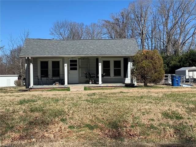 2704 Wentworth Street, Reidsville, NC 27320 (MLS #1019633) :: Berkshire Hathaway HomeServices Carolinas Realty