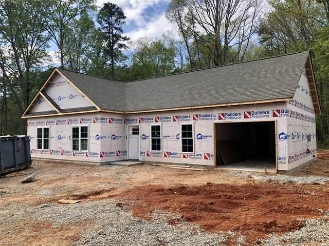 5855 Kinney Road, Lewisville, NC 27023 (MLS #1019707) :: Berkshire Hathaway HomeServices Carolinas Realty