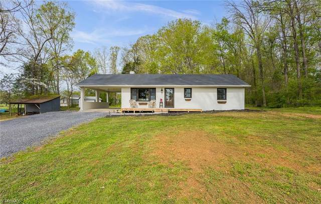 1187 Farmington Road, Mocksville, NC 27028 (MLS #1020107) :: Ward & Ward Properties, LLC