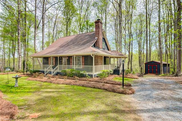 6836 Taylor Woods Lane, Pleasant Garden, NC 27313 (MLS #1020280) :: Team Nicholson