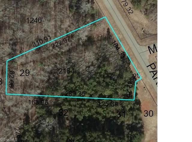 315 Parks Meadows Drive, Lexington, NC 27292 (#1020625) :: Premier Realty NC