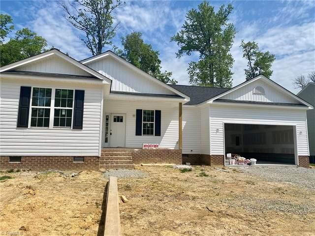 821 Leach Avenue, Thomasville, NC 27360 (MLS #1020987) :: Ward & Ward Properties, LLC