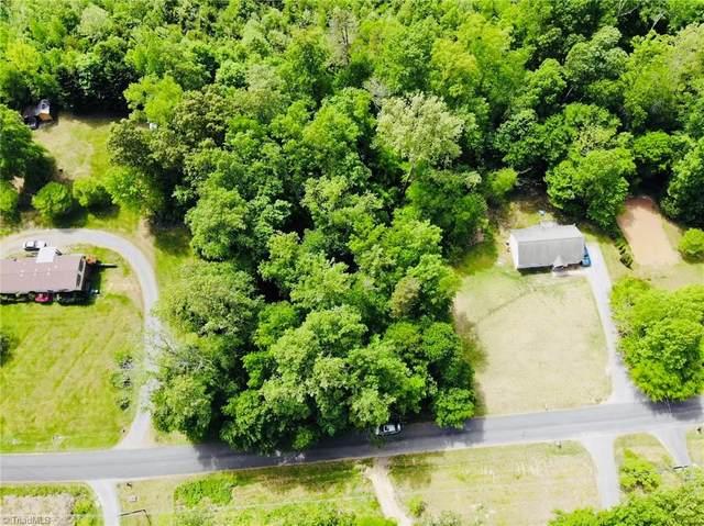 3318 Oliver Hills Road, Greensboro, NC 27406 (MLS #1021725) :: Greta Frye & Associates | KW Realty Elite