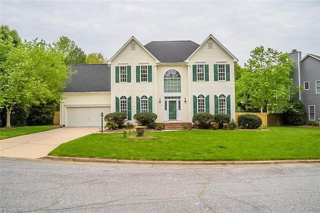 3004 Landing Court, Jamestown, NC 27282 (MLS #1021887) :: Berkshire Hathaway HomeServices Carolinas Realty