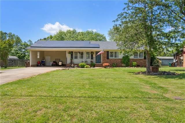 3815 Cresent Avenue, Trinity, NC 27370 (#1022445) :: Mossy Oak Properties Land and Luxury