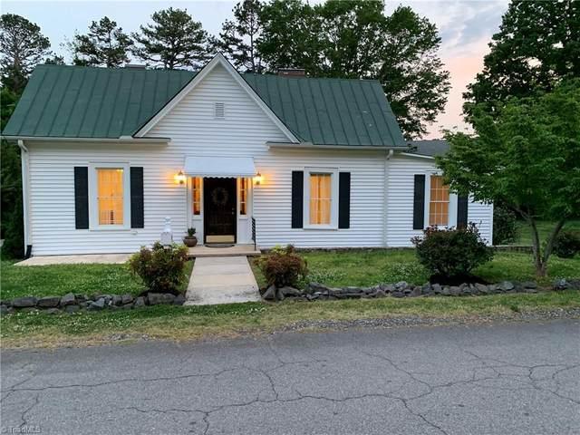 124 Hemlock Street, Mocksville, NC 27028 (MLS #1022641) :: Berkshire Hathaway HomeServices Carolinas Realty