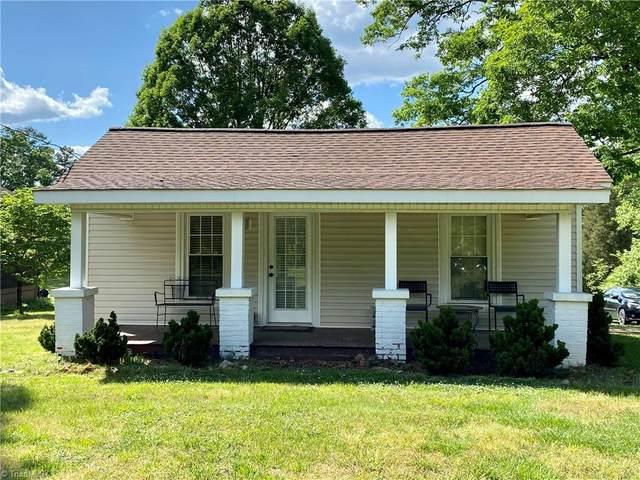 5212 Harvey Road, Jamestown, NC 27282 (MLS #1023052) :: Berkshire Hathaway HomeServices Carolinas Realty