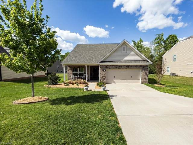 1693 Castle Peak Drive, Rural Hall, NC 27045 (MLS #1023165) :: Berkshire Hathaway HomeServices Carolinas Realty