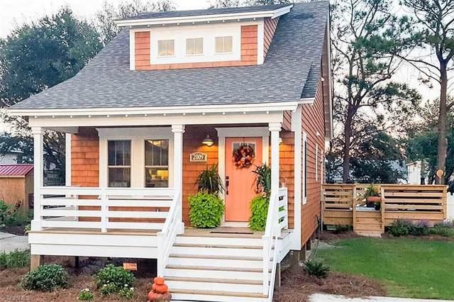 304 Shaw Street, Greensboro, NC 27401 (MLS #1023428) :: Ward & Ward Properties, LLC