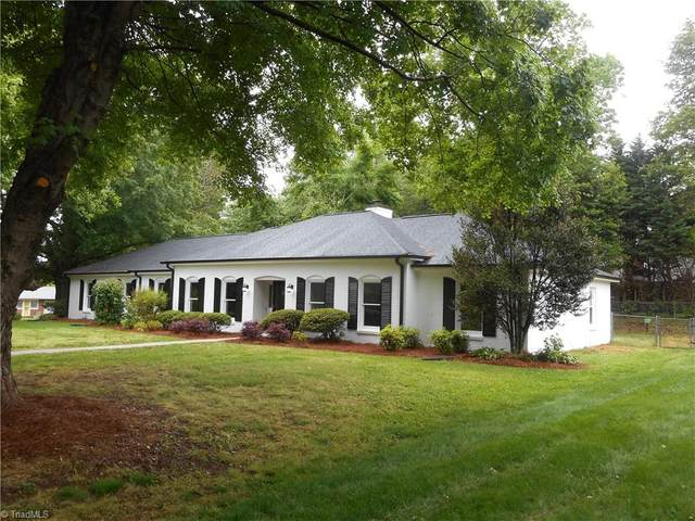 112 Edgehill Court, Kernersville, NC 27284 (MLS #1023591) :: Lewis & Clark, Realtors®