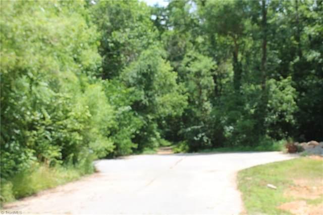 116 Bay Tree Lane, Thomasville, NC 27360 (#1023919) :: Mossy Oak Properties Land and Luxury
