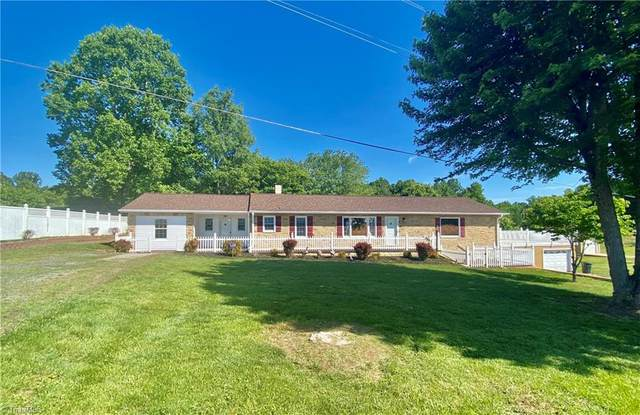 1916 Speer Bridge Road, Yadkinville, NC 27055 (MLS #1023963) :: Berkshire Hathaway HomeServices Carolinas Realty