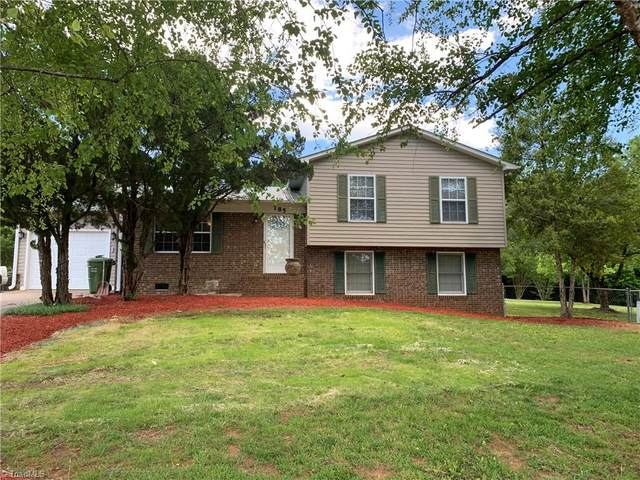 185 White Tail Court, Lexington, NC 27292 (#1023965) :: Mossy Oak Properties Land and Luxury