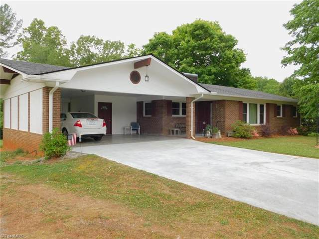 418 Piney Grove Church Road, Mount Airy, NC 27030 (#1024082) :: Mossy Oak Properties Land and Luxury