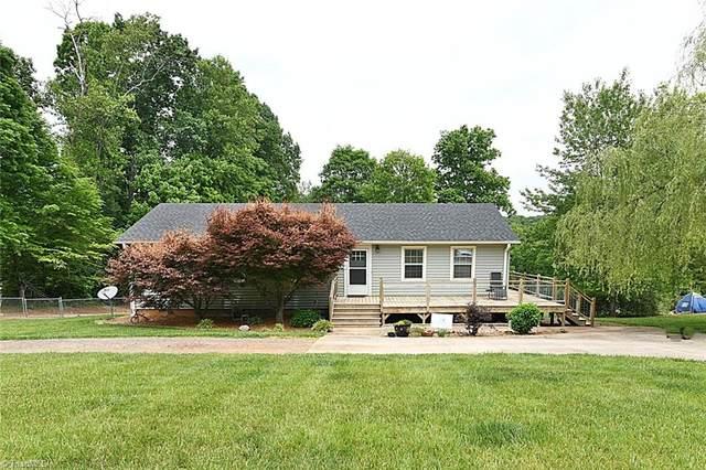 1809 Helton Road, Yadkinville, NC 27055 (MLS #1024285) :: Berkshire Hathaway HomeServices Carolinas Realty