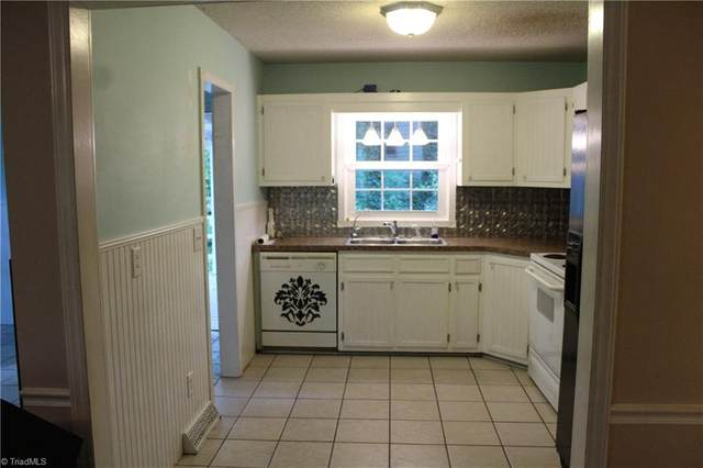 3390 Wide Country Road, Pfafftown, NC 27040 (MLS #1025701) :: Berkshire Hathaway HomeServices Carolinas Realty