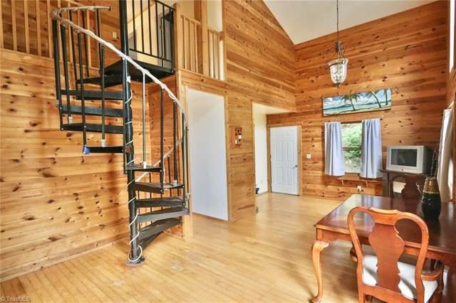 517 Deer Ridge Lane, Sparta, NC 28675 (#1026682) :: Rachel Kendall Team