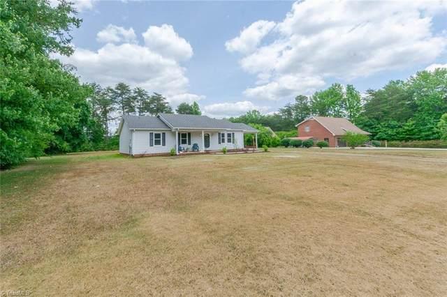 2949 Pine Ridge Road, Asheboro, NC 27203 (MLS #1027071) :: Berkshire Hathaway HomeServices Carolinas Realty
