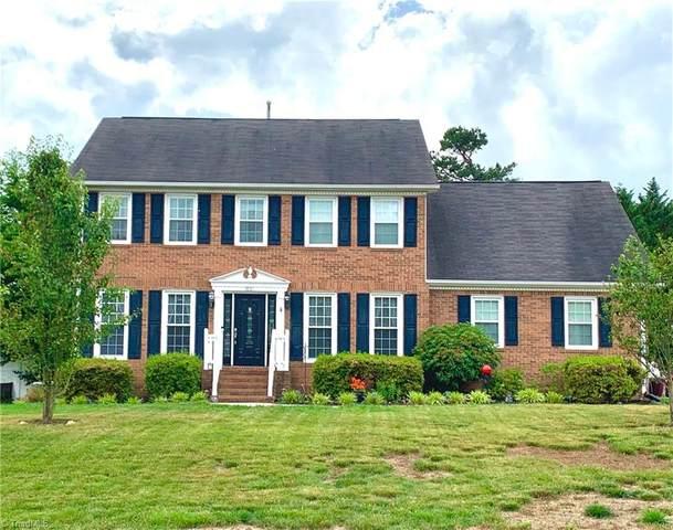 3861 Sandlewood Road, High Point, NC 27265 (MLS #1027085) :: Berkshire Hathaway HomeServices Carolinas Realty