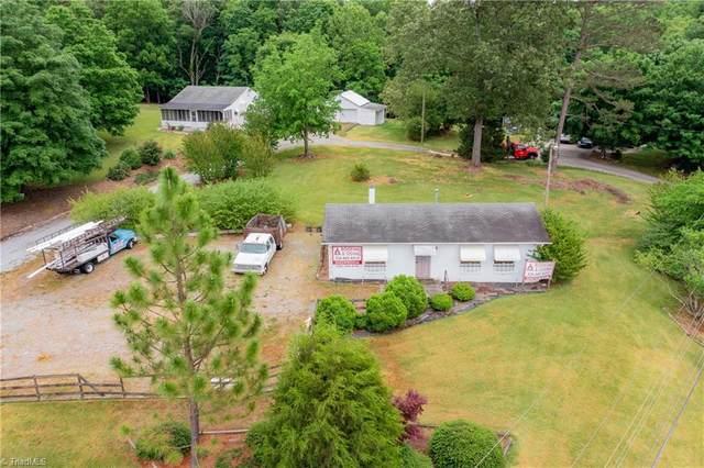 4869/4871 Harvey Road, Jamestown, NC 27282 (MLS #1027585) :: Berkshire Hathaway HomeServices Carolinas Realty