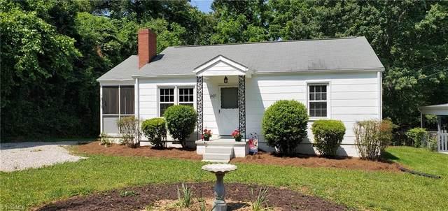 207 Friendway Road, Greensboro, NC 27409 (MLS #1027638) :: Ward & Ward Properties, LLC