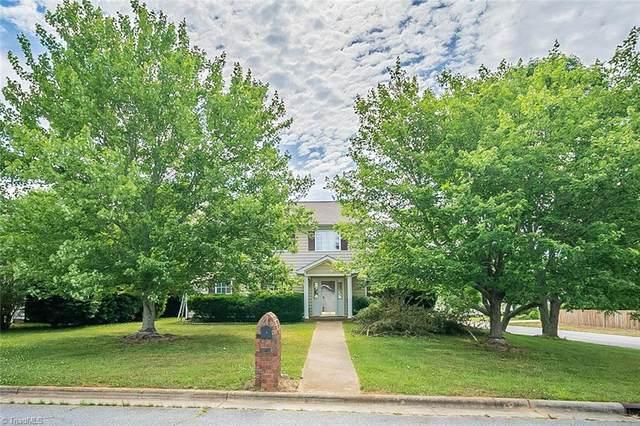 1495 Fiddlers Knoll Drive, Kernersville, NC 27284 (MLS #1027795) :: Ward & Ward Properties, LLC