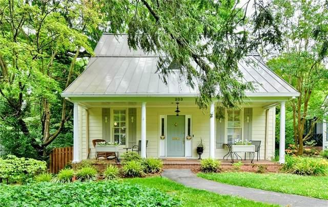 203 Cascade Avenue, Winston Salem, NC 27127 (MLS #1027894) :: Berkshire Hathaway HomeServices Carolinas Realty