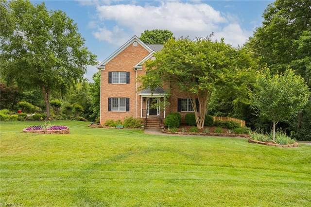 3713 Squirewood Drive, Clemmons, NC 27012 (MLS #1027913) :: Berkshire Hathaway HomeServices Carolinas Realty