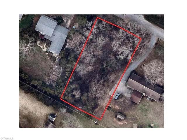 0.41 acre lot on Lancelot Lane, Graham, NC 27253 (#1028203) :: Mossy Oak Properties Land and Luxury