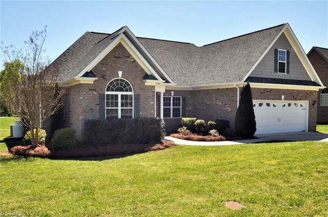 6335 Sugar Cane Lane, Thomasville, NC 27360 (MLS #1028306) :: Berkshire Hathaway HomeServices Carolinas Realty