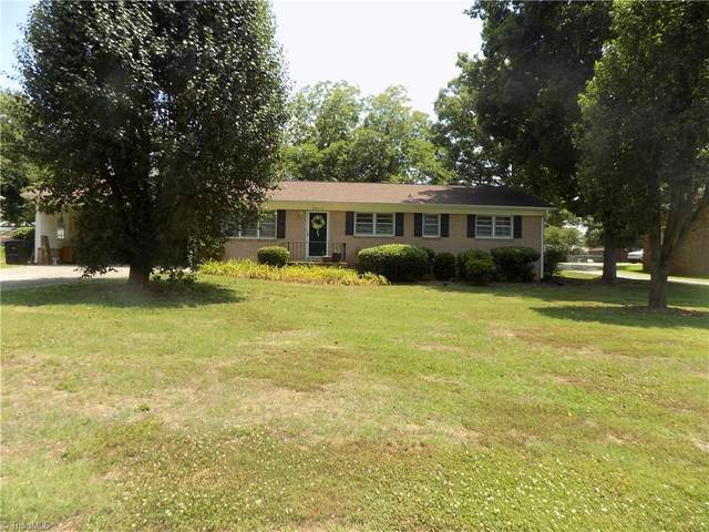 3524 Imperial Drive, High Point, NC 27265 (MLS #1030016) :: Hillcrest Realty Group
