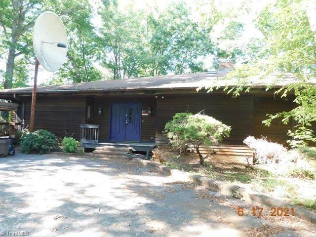 329 Maplewood Drive, Eden, NC 27288 (#1030122) :: Rachel Kendall Team