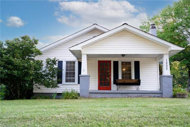1202 Cox Avenue, High Point, NC 27263 (MLS #1030240) :: Hillcrest Realty Group