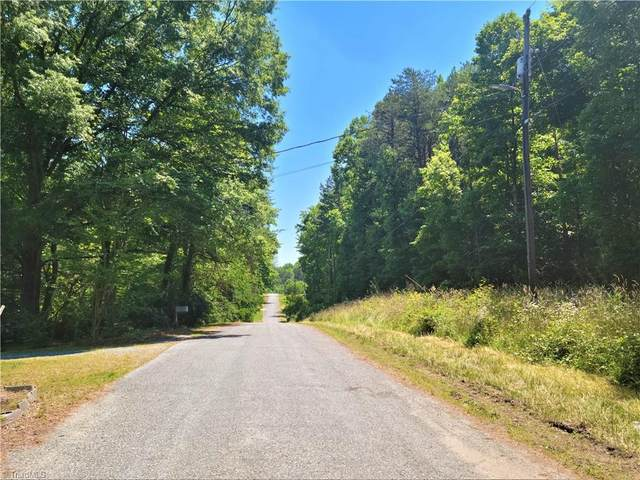 3304 & 3306 Janet Lane, Greensboro, NC 27405 (MLS #1030281) :: Hillcrest Realty Group