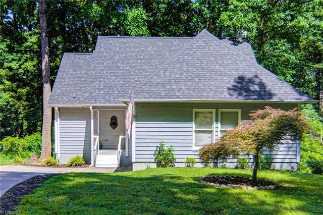 23 Carrisbrooke Lane, Winston Salem, NC 27104 (MLS #1030283) :: Greta Frye & Associates | KW Realty Elite