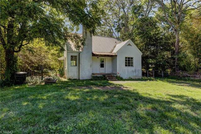 6031 Tobaccoville Road, Tobaccoville, NC 27050 (#1030305) :: Premier Realty NC