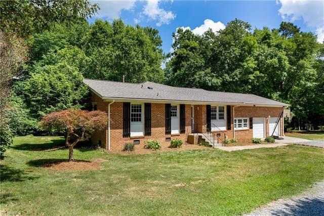 8571 Benbow Merrill Road, Oak Ridge, NC 27310 (MLS #1030590) :: Ward & Ward Properties, LLC