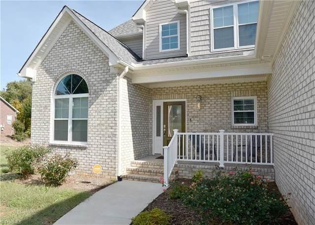 4032 Stillbrook Lane, High Point, NC 27265 (MLS #1030707) :: Ward & Ward Properties, LLC