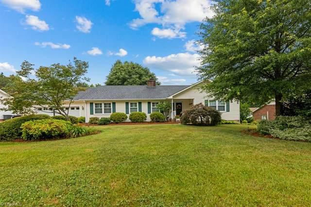 1452 Spring Hill Circle, Kernersville, NC 27284 (MLS #1030852) :: Lewis & Clark, Realtors®