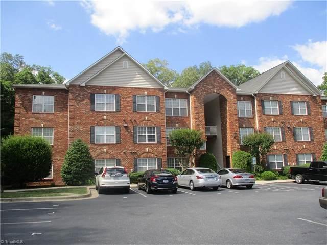 5238 Hilltop Road U, Jamestown, NC 27282 (MLS #1031142) :: Ward & Ward Properties, LLC
