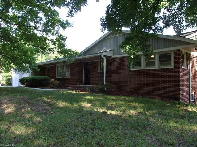 1301 Florence Avenue, Thomasville, NC 27360 (MLS #1031402) :: Ward & Ward Properties, LLC