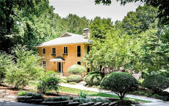 6809 Fox Horn Circle, Pfafftown, NC 27040 (MLS #1033267) :: Berkshire Hathaway HomeServices Carolinas Realty